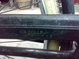 tulisan gazelle pada ketengkas masih kelihatan juga